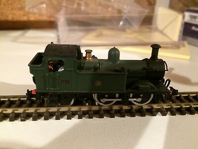 N gauge 2 locomotives Farish 8700 and Dapol 1420