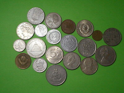 Lot of 20 Mixed WORLD COINS! (2)