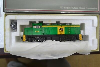 (60)*austrains Ho T Class Diesel Locomotive Ck-5 An Green ****mint Unused