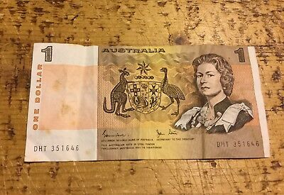 Vintage Australian commonwealth 1 dollar note 💰 Ok Condition For Age - 9/17