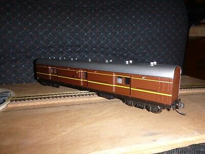 Casula Hobbies LHO 1615 Deep Indian Red/ Silver Roof