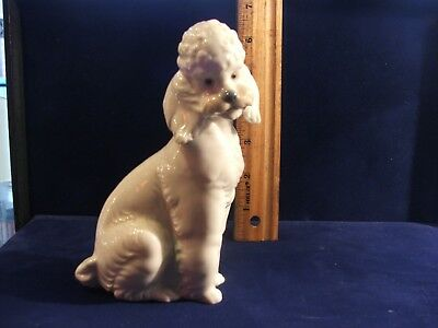 Nao By Lladro Poodle B 30 E  Retired Rare Collectible Porcelain Daisa 1985