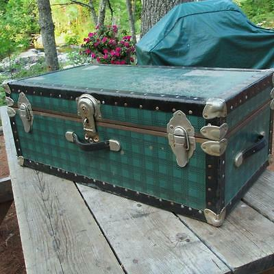 VINTAGE PLAID steamer TRUNK storage CHEST blanket BOX prop DISPLAY fab STYLE!!!