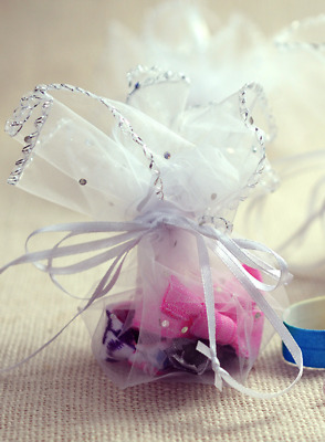 """12 Round Luxury White Organza Favour Gift Bags For Wedding, Party 10"""" UK."""