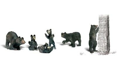 Woodland Scenics Accents Black Bears Train Figures O A2737