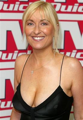 w2 Fiona Phillips in Black #1 A4 12x8 approx glossy photo