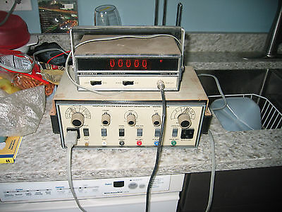 Heathkit color bar & dot generator, model IG-28