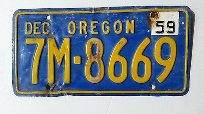 OREGON LICENSE PLATE # 7M-8669 1957-59 with 59 Tag