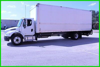 2015 Freightliner m2 26 foot box WHITE Used