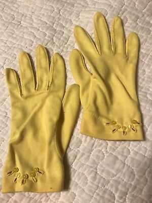 Vintage 50's 60's Yellow Ladies Gloves size Small