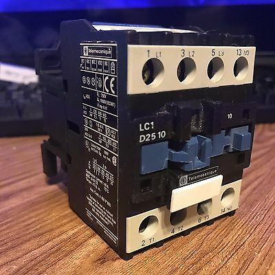 Genuine Telemecanique LC1 D25 10 3-POLE CONTACTOR 25A 120VAC