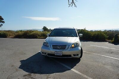 2008 Honda Odyssey Touring 2008 Honda Odyssey Touring - Loaded with Options