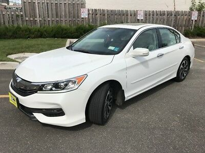 2016 Honda Accord  car