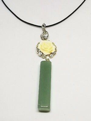 New Natural Green jade Hand-carved Nephrite Pendant Necklace Rose