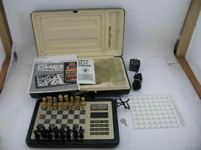 Fidelity Advanced Voice Chess Challenger-Works! Case, manual & more! Model VCC