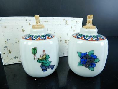 J186: Japanese Kutani-ware Flower Person pattern TEA CADDY Chaire Container 2pcs