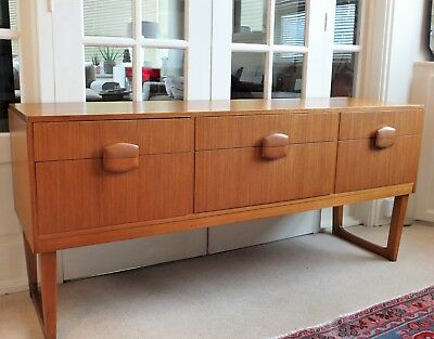Gorgeous Vintage Teak Sideboard..Danish Style..1970s..Great Condition