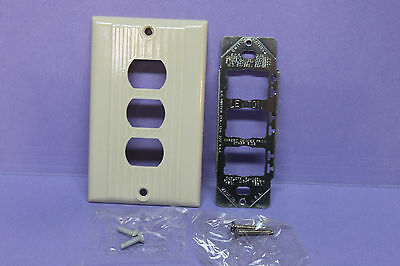 Leviton Despard Bakelite Ivory Triple Switch Light Plate Cover & Metal Set Mount