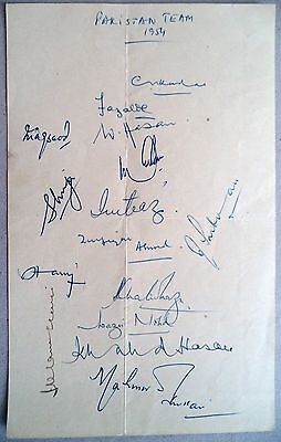 Pakistan To England 1954 – The First Tour Cricket Autograph Sheet Inc Hanif