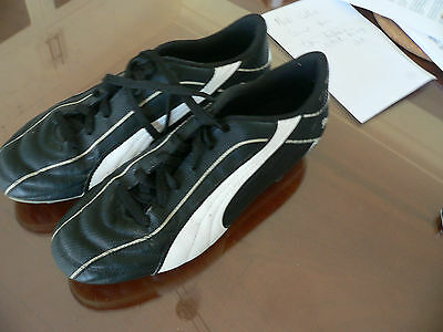 Puma football boots size US 12 barely worn  great condition