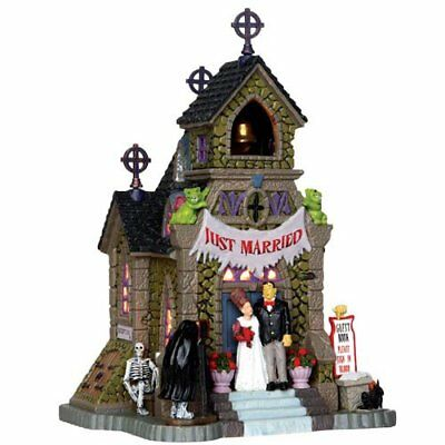Lemax 35499 Frank's BIG DAY Spooky Town Lighted Building Halloween Decor