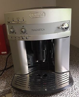 delonghi dinamica bean to cup coffee machine. Black Bedroom Furniture Sets. Home Design Ideas