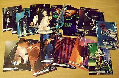VINTAGE FLEER 95 ULTRA BATMAN TRADING CARDS  x 16