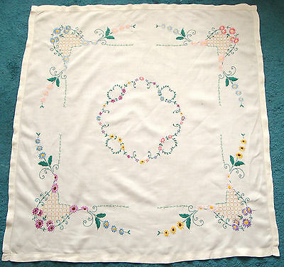 """Vintage Embroidered Multi Coloured Flower/Floral Linen Tablecloth 40"""" Square"""