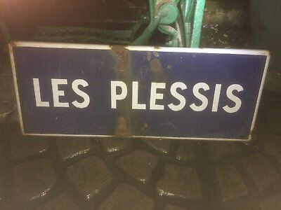 French enamel place name sign - Les Plessis