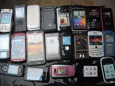 12 Dummy Mobile Phones --Fairground Arcade Grabbers/pushers--Theatre---Joke