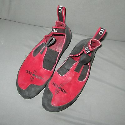 Five Ten 5.10 Moccasym US MENS 5 climbing bouldering sport trad gym shoes NICE