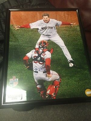 2007 world series Autographed Varitek Photo