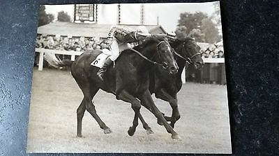 Original press photo (winner J Lindley) at Hurst Park 1953