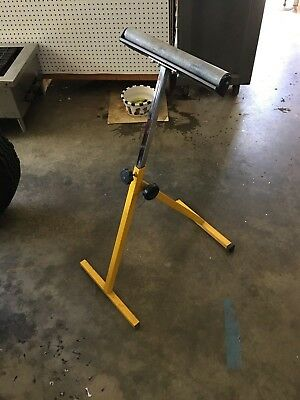 Saw horse work support. Mobile stand extension. Adjustable height, folds flat