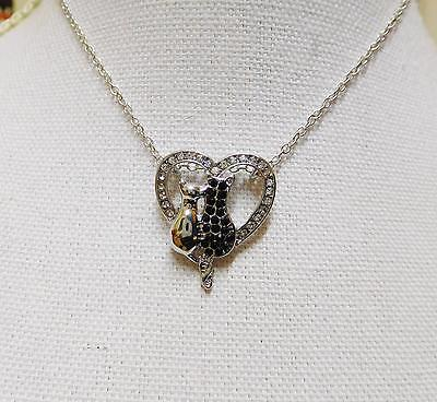 Necklace Womens/girls, Silvertone & Rhinestone Cat In Loveheart - 0627