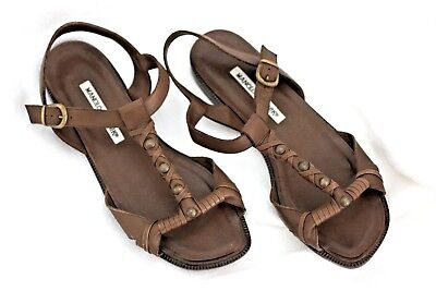 33a6b90575eb2a Manolo Blahnik Brown Leather T-Strap Flat Sandals Size US 8 Europe 38.5