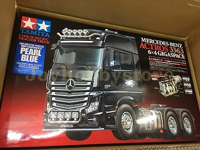 Tamiya 56354 1/14 RC Mercedes-Benz Actros 3363 6x4 GigaSpace Pearl Blue Kit