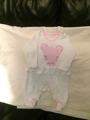 baby clothes Girls Baby grow 0 to3months £ 3.50 plus £2.00 pp