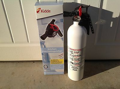 Kidde Kitchen Fire Extinguisher White for cooking grease & flammable liquids