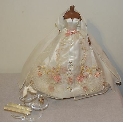 Lady of the Manor Silkstone Barbie Fashion Outfit Gown & Accessories No Doll