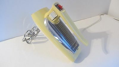 Vintage G.e Hand Held Mixer 3 Speed Rare  Yellow From 1960's Model # M7B
