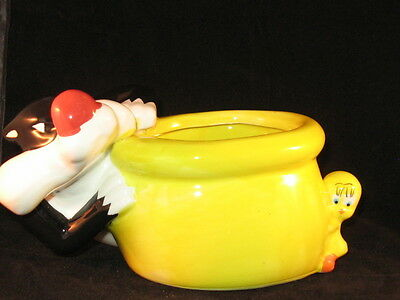 Looney Tunes Warner Bros - Sylvester & Tweety Bird Planter - Unused