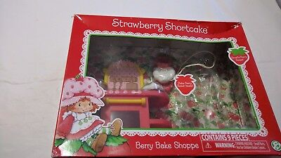 NEW strawberry shortcake doll accessories berry bake shoppe anniversary edition