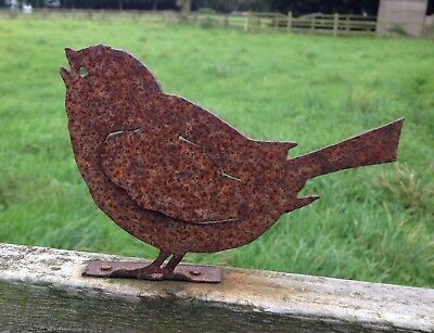 Stunning Rusty Metal Chirping Bird Fence / Post Topper Garden Ornament