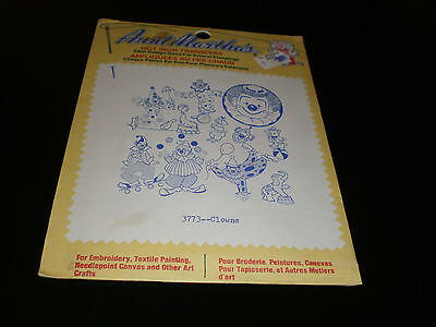 Aunt Martha's Hot Iron Transfers  - Clowns   - Sealed - #3773