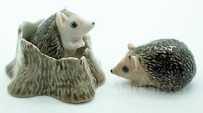 Figurine Animal Ceramic Statue 2 Porcupine Hedgehog With Tree Trunk - CFX001