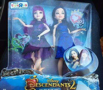 NEW Disney Descendants 2 Mal And Evie Two-Pack Doll Set Toys R Us Exclusive HTF