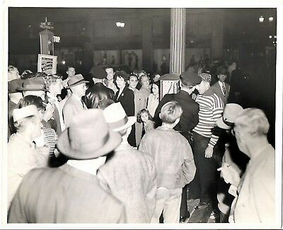 "Art Linkletter 1946 Hollywood Vine Nbc Radio ""people Are Funny"" Studio Photo"