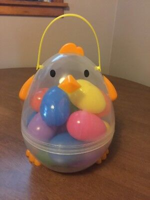 SEALED New plastic chicken container with 18 fillable plastic eggs
