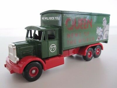 Queen  :  News Of The World - Limited Edition Lledo Die-Cast Model Truck + Coa